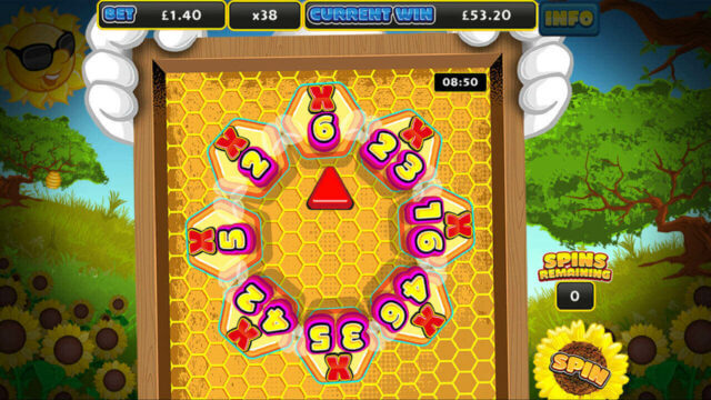 Screenshot of the Double Your Honey mobile slots by mFortune mini-game